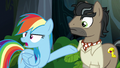 Rainbow pointing at Dr. Caballeron S6E13.png