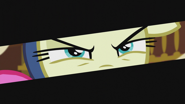File:Sweetie Drops eyes close-up S5E9.png