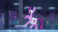 Twilight afasta a pata EG
