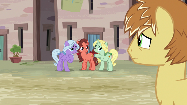 File:Feather Bangs looks at the Swooning Ponies S7E8.png
