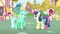 Lyra Heartstrings arguing with Sweetie Drops S7E15
