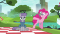 Pinkie Pie giving Maud her cue S6E3.png