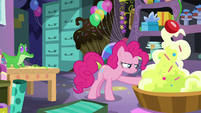 Pinkie Pie reaches into giant pile of icing S7E23