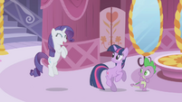"Rarity squealing ""makeovers!"" S1E03"