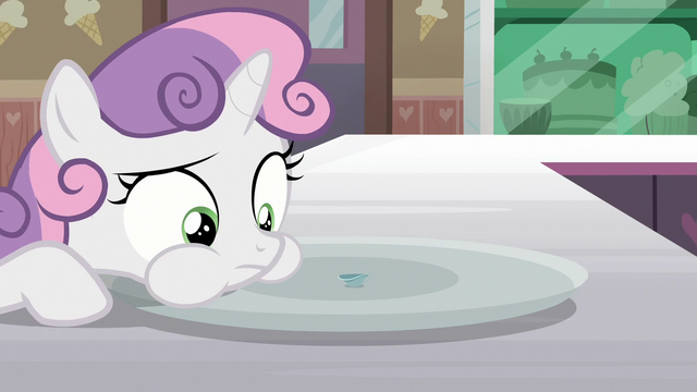File:Sweetie Belle eats the Filly Clown Surprise S7E6.png