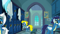 Wonderbolts in the locker room S6E7
