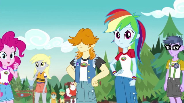 File:CHS campers listening to Applejack EG4.png