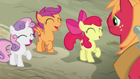 Cutie Mark Crusaders laughing at Big McIntosh S7E8