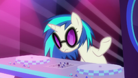 DJ Pon-3 shrugging S6E9