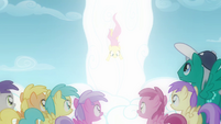 Filly Fluttershy falling down S2E22