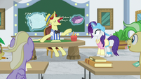 Flam -take notes on her every action- S8E16