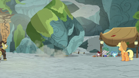 Giant boulder rolls toward archaeology team S7E25