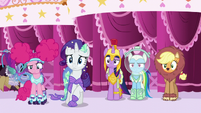 Main five looking at Fluttershy confused S5E21