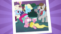 Picture of Pinkie Pie eating cake S2E26.png