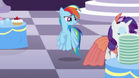 Rainbow sees Rarity walking away S5E15