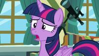 Twilight Sparkle apologizing to Cheerilee S7E3