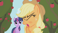 "Applejack ""no, no, NO!"" S1E04"