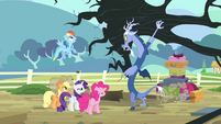 Discord lifting a tree S4E11