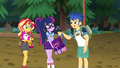 Flash giving Twilight her backpack EG4.png