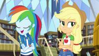 "Rainbow ""in half the time as Applejack"" CYOE2"