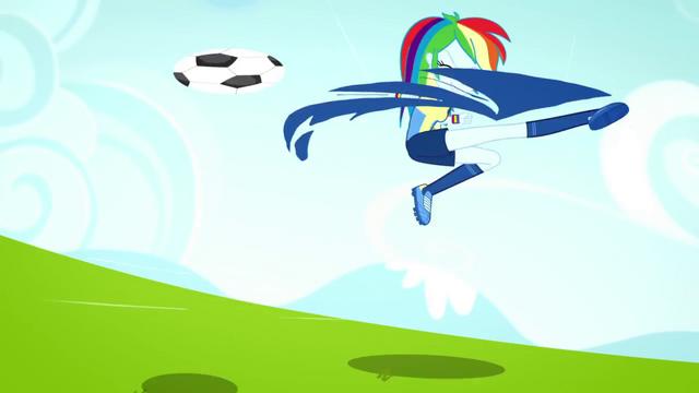 File:Rainbow Dash kicking the soccer ball SS4.png