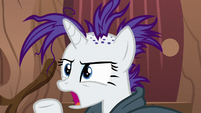 Rarity -you could at least pretend- S7E19