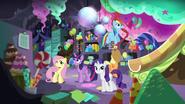 S05E11 Kucyki w tajnym pokoju Pinkie