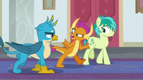 Smolder -these ponies are the heroes- S8E1