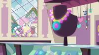 Spike surprises Fluttershy outside the window MLPBGE