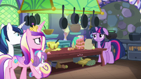 Twilight looks embarrassed at her family MLPBGE