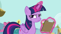 Twilight with her checklist S4E21
