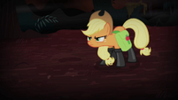 Applejack in flameproof boots S4E17