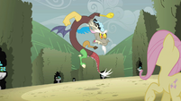 Discord snapping at Fluttershy S2E01