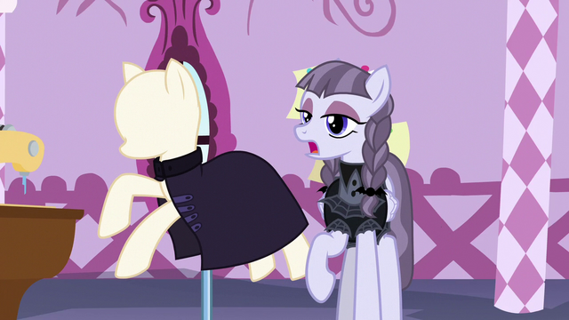 File:Inky Rose's suit turns into a buttonless cloak S7E9.png
