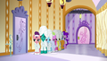 Ponies shiver as they wait in line S6E10.png