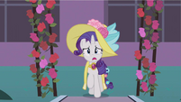 Rarity arriving S2E9