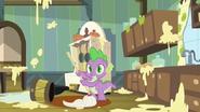 S03E09 Służba Spike'a u Applejack