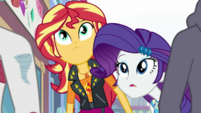 Sunset Shimmer and Rarity looking up EGDS9