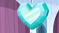 The Crystal Heart stops spinning S6E1