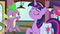 Twilight taking a calming breath S9E16