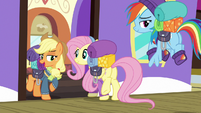 "Applejack ""don't y'all have too much fun"" S6E17"