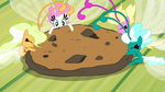 Breezies eating cookie S4E16