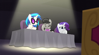 DJ Pon-3, Octavia, and Rarity disapprove S5E4