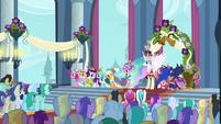 Main 5 and Princesses in Canterlot castle throne room S03E13