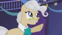 Mayor Mare 'Seize her!' S1E02