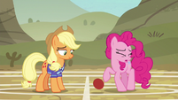 Pinkie Pie afraid of the ball S6E18