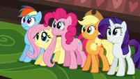 Ponies see moose S2E24