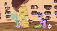 S04E15 Spike z górą nachosów