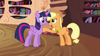 Twilight and Applejack -connected by the Elements- S4E01