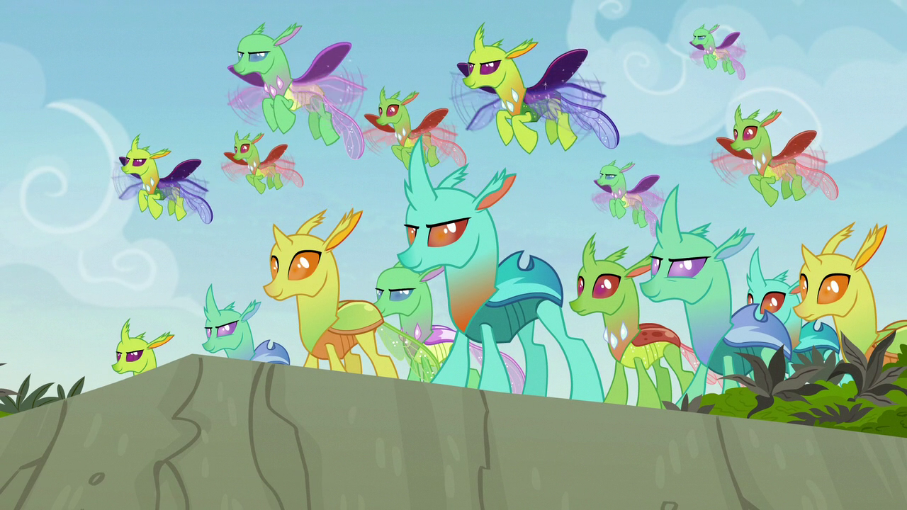 https://vignette.wikia.nocookie.net/mlp/images/a/a3/Changelings_appear_to_help_Pharynx_S7E17.png